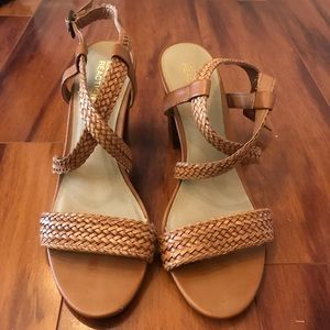 Kenneth Cole Heeled Sandals size 7-7.5